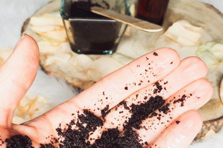 Jak prawidłowo wykonać peeling? Blog kosmetyczny - Kate en su salsa